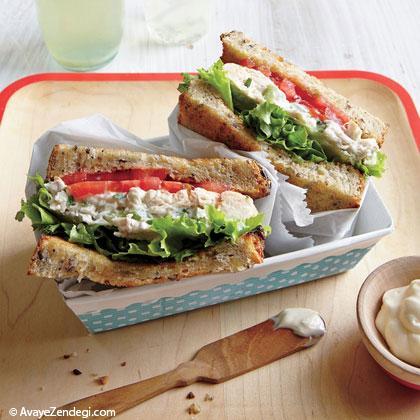 ساندویچ سالاد مرغ و ترخون