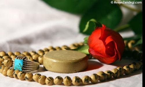 چرا شیعیان در نماز به مُهر سجده می کنند؟