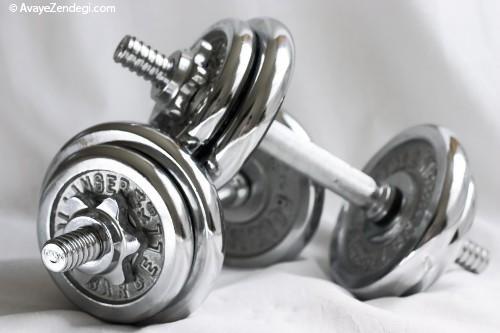 استفاده از دمبل های ورزشی چه مزایا و معایبی دارد؟