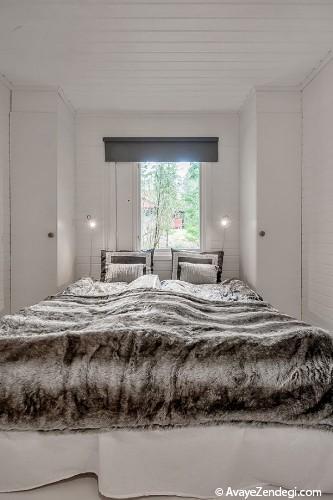 خانه سفید کوچک در جنگل های سوئد