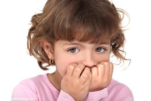 بچههایی که ناخن میجوند...